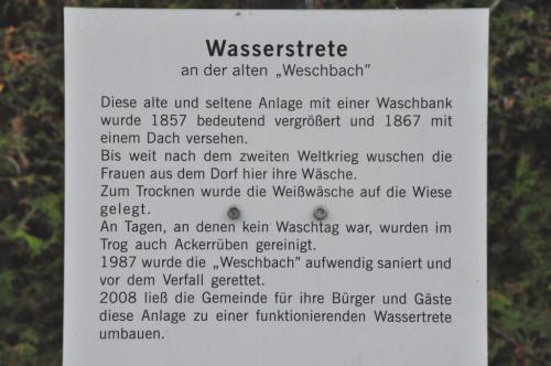 Schild an der Wassertrete