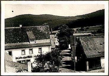 50er Jahre, Blick vom Schulhaus Richtung Dorfplatz